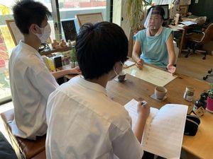 静岡東高校1年生2名による職業人インタビュー